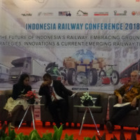 Presentasi Skyway Technologies di Indonesia Railway Conference 2018